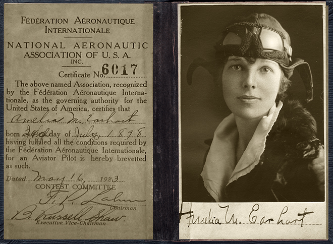 Amelia Earhart Pilots License